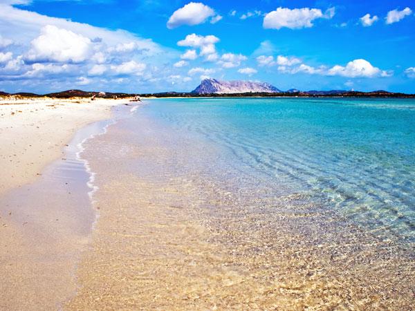san teodoro: la cinta beach
